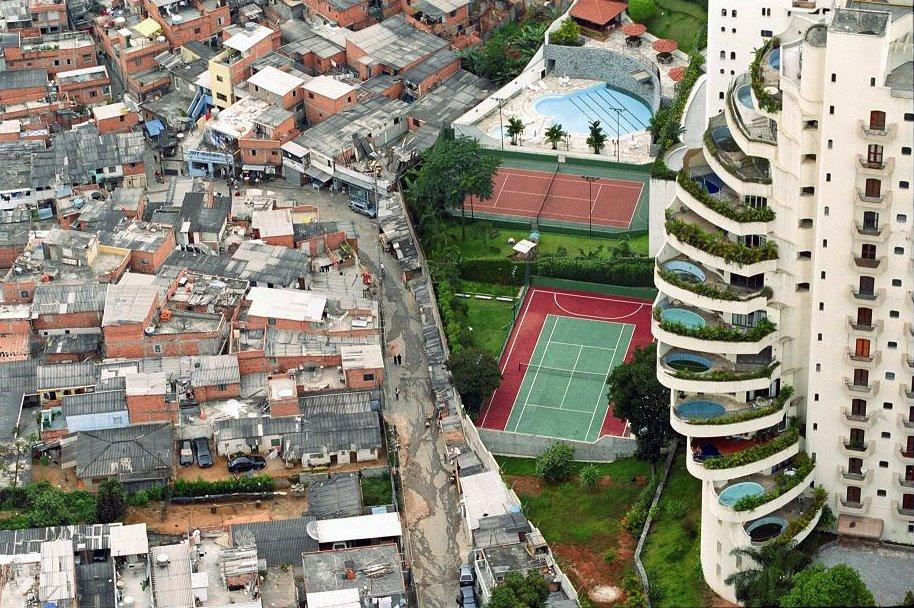 朝鮮部落の住宅が人間が住めるような状態じゃない件